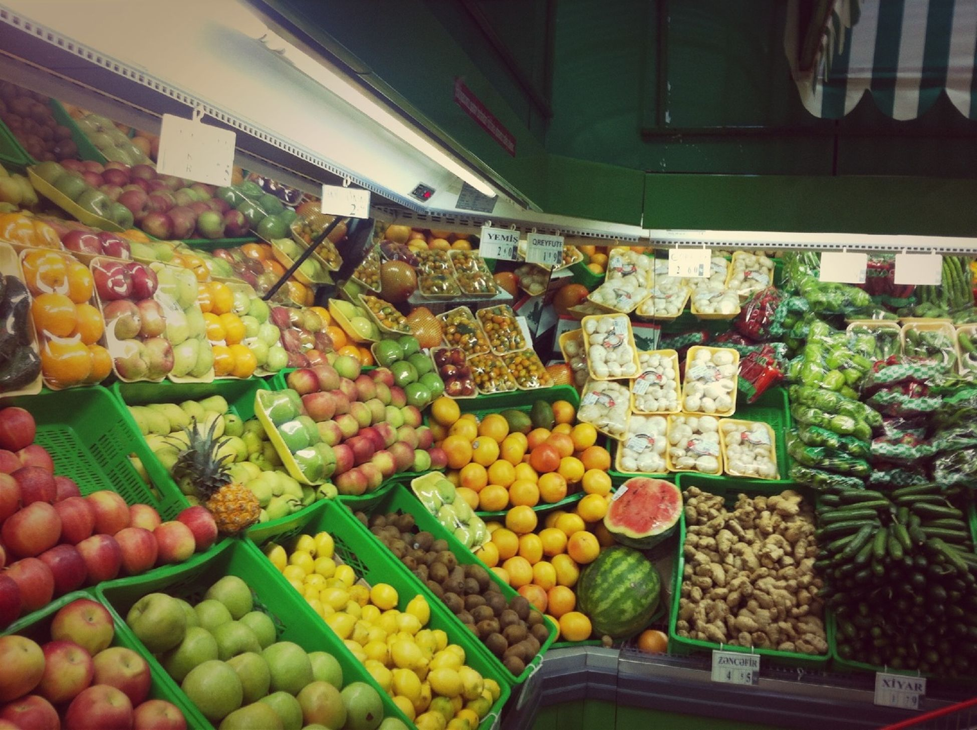 food and drink, food, retail, for sale, market, market stall, healthy eating, choice, variation, abundance, freshness, large group of objects, sale, vegetable, display, price tag, store, small business, indoors, consumerism
