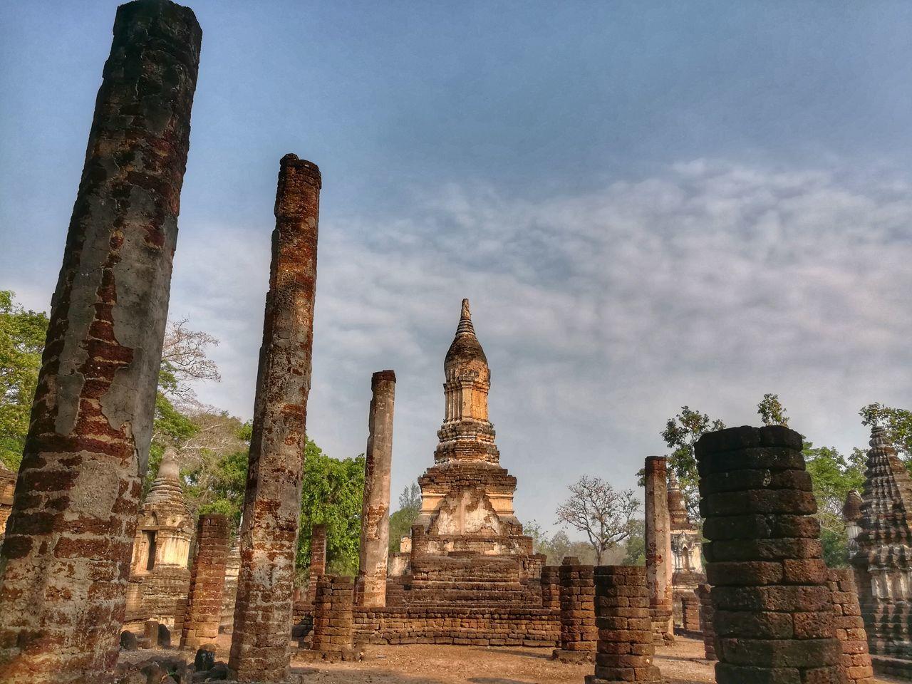 วัดเจดีย์เจ็ดแถว Religion Architecture Place Of Worship Agriculture Holly History Place Tourism Architecture Huaweiphotography EyeEm Gallery Si Satchanalai Historical Park Sukhothai, Thailand