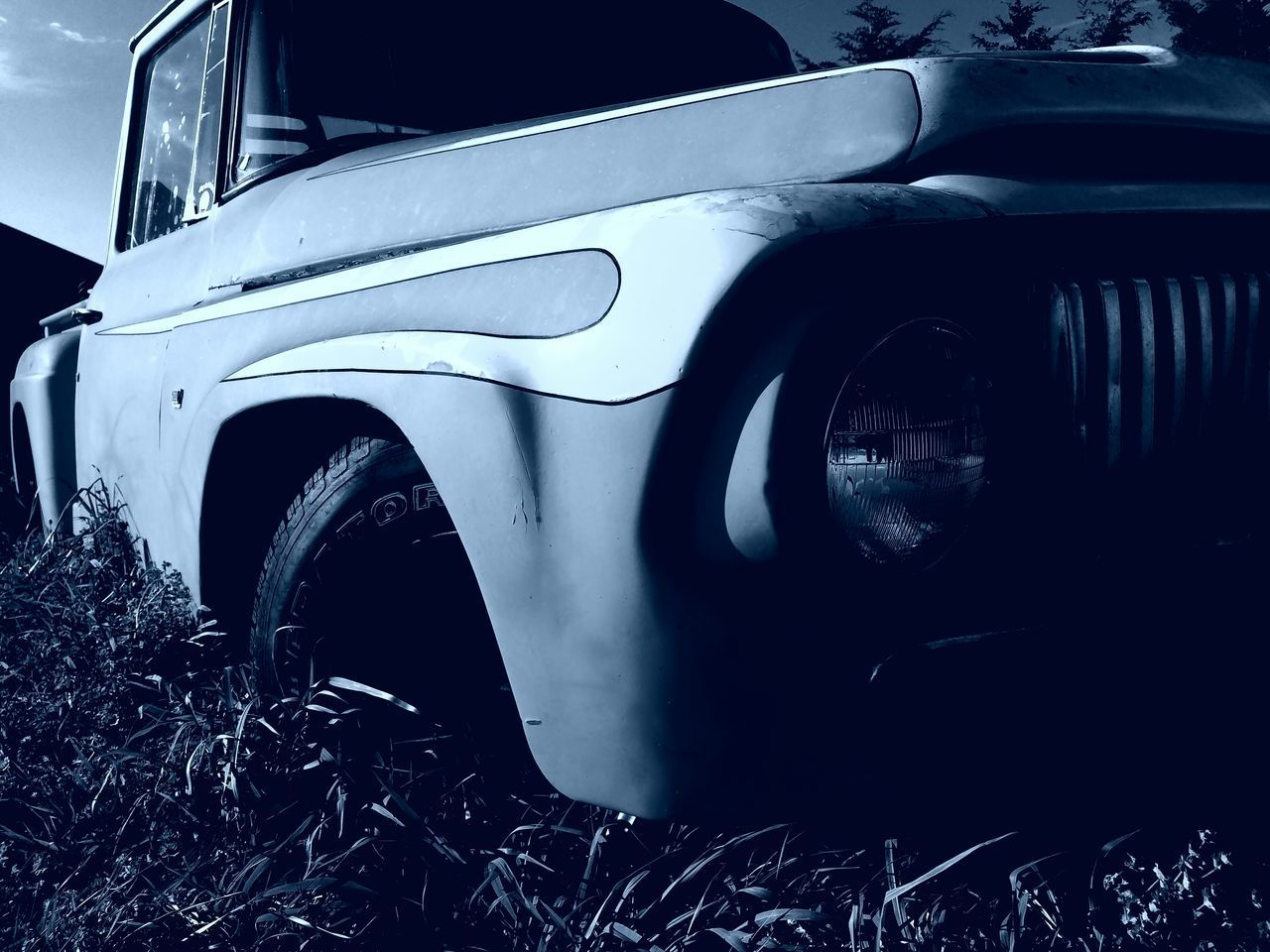 Car Close-up Land Vehicle Human Body Part Transportation Motor Vehicle Human Hand Day People EyeEmNewHere HelloEyeEm Hello World Collector's Car 1964 ınternational Pick-up Truck