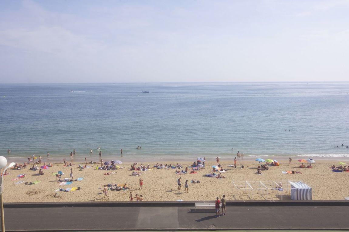 🇫🇷La Baule, vendredi 3 juillet 2015, 🕔 18h11 TimeLaBaule LaBaule Beach . 📷 #TimeLaBaule