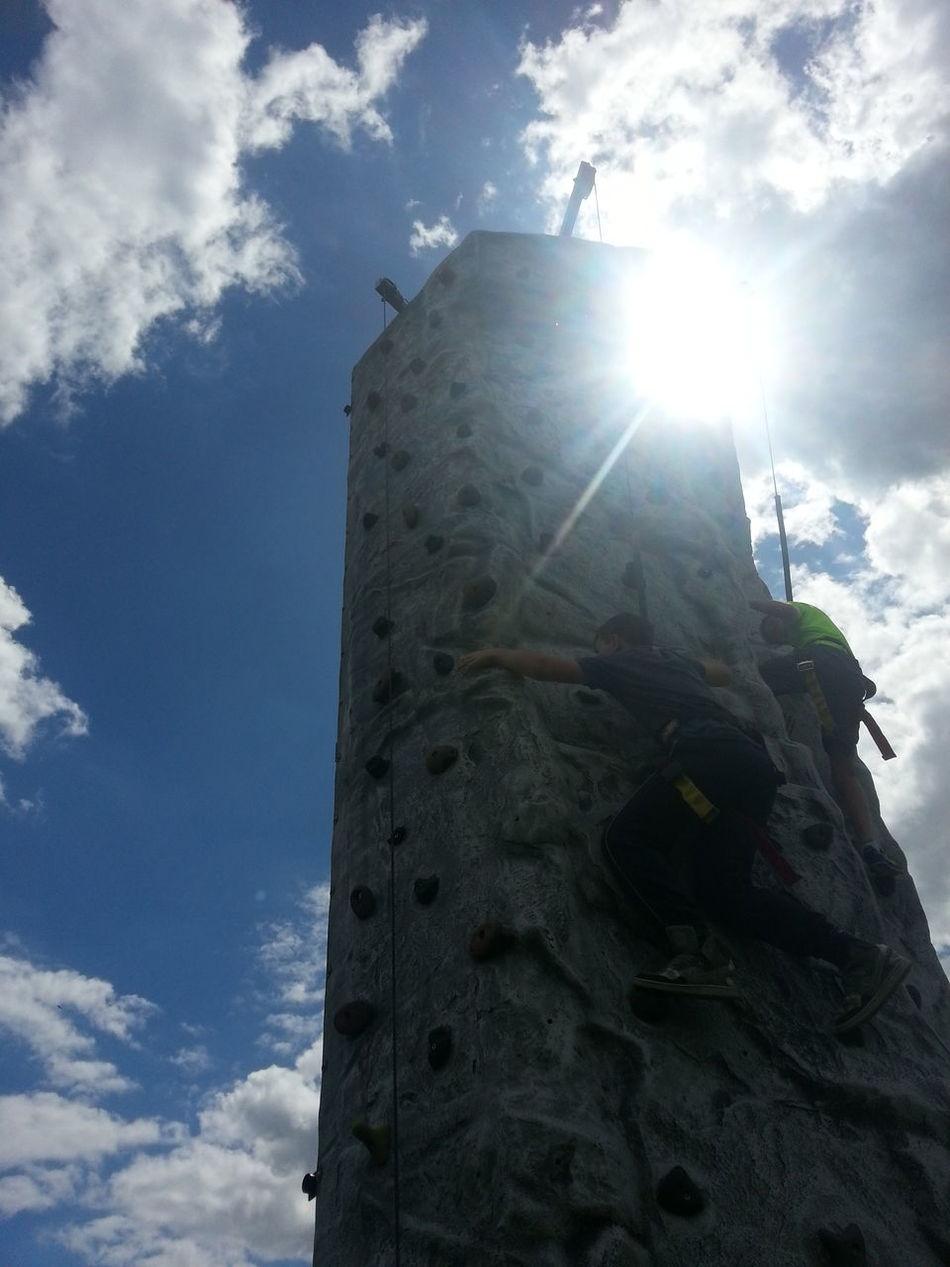 Adventure Club RockClimbing Climb Climbingwall Sky Skyandclouds  Sunglare Glare Glare&flare Glareofthesun Sun