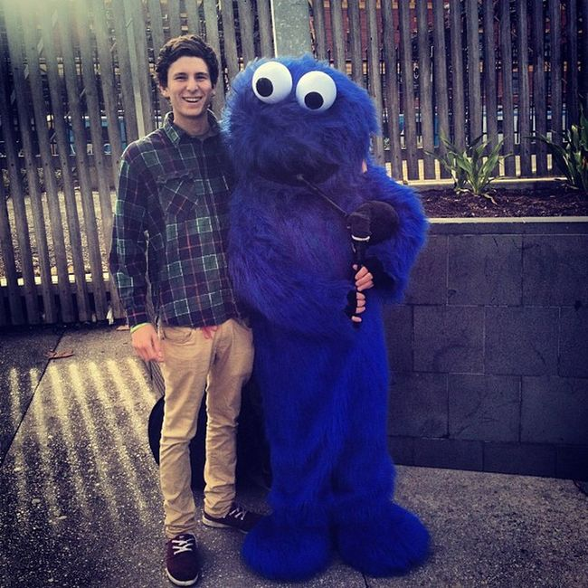Chillin with ma main man Cookie Monster on the bag pipes Cookiemonster KillinIt Bangers Cookies dprox @princess_georgia_xo