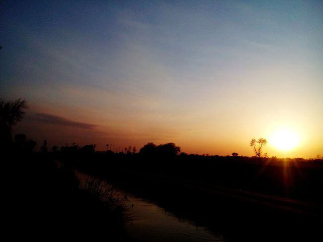 Taking Photos Urban 4 Filter Sunlight Landscape_Collection Eyeem Pakistan InPakistan Canal Beautiful Mobilephotography Sunset