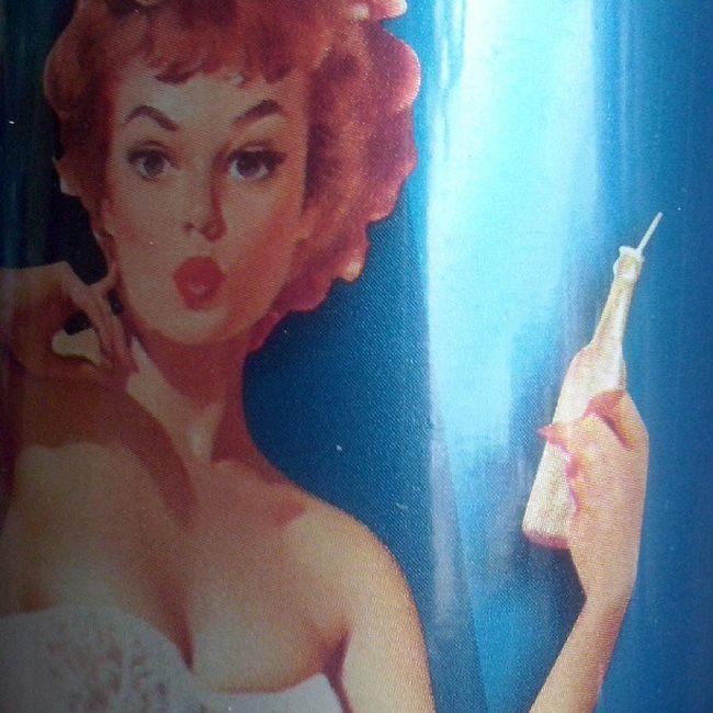 Adoro le bottiglie in stile Vintage della Abbondio Colourmyseptember Blue pinup 50s