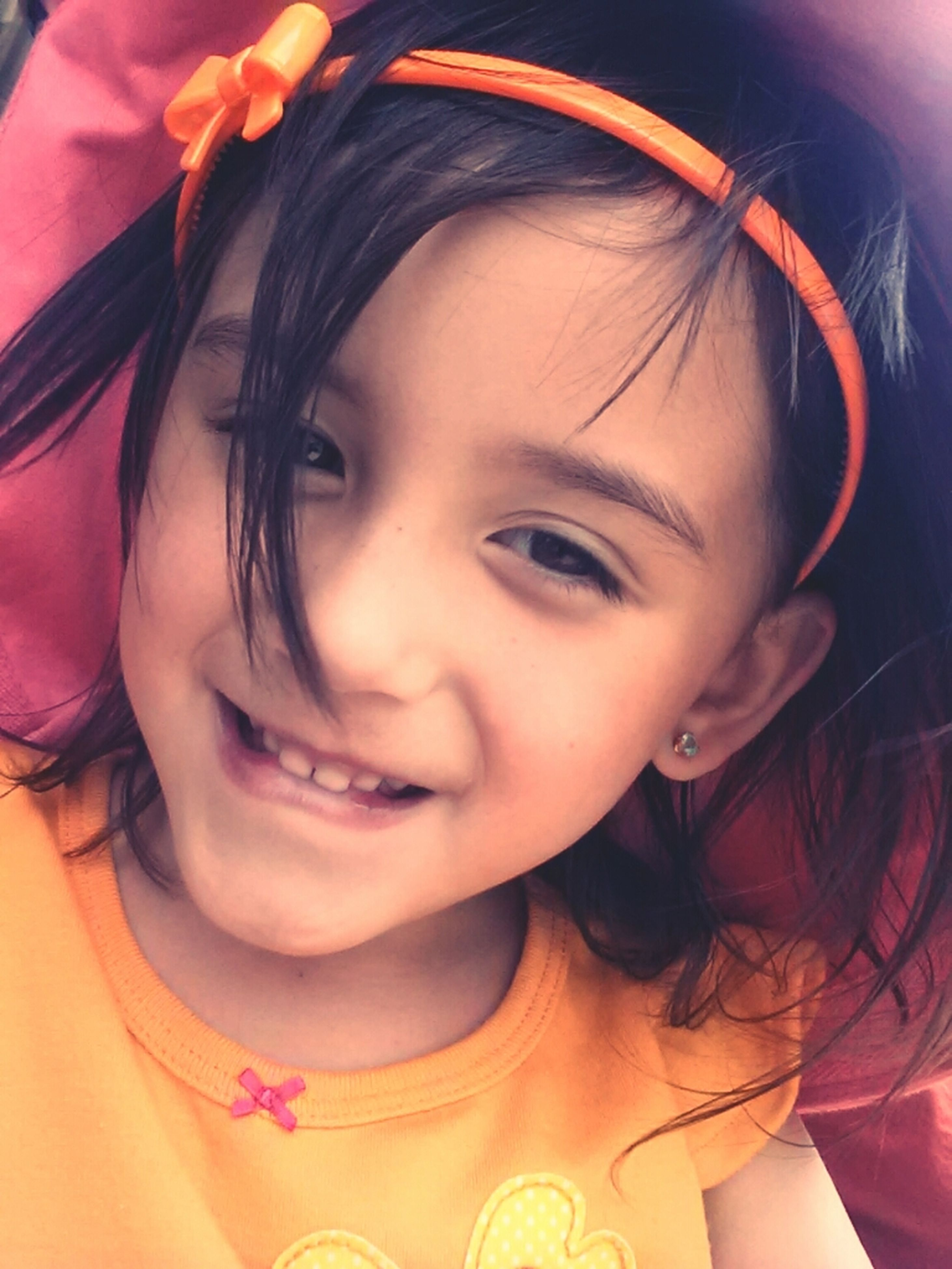 person, childhood, looking at camera, portrait, elementary age, headshot, innocence, lifestyles, cute, girls, leisure activity, smiling, boys, close-up, front view, casual clothing, happiness, head and shoulders