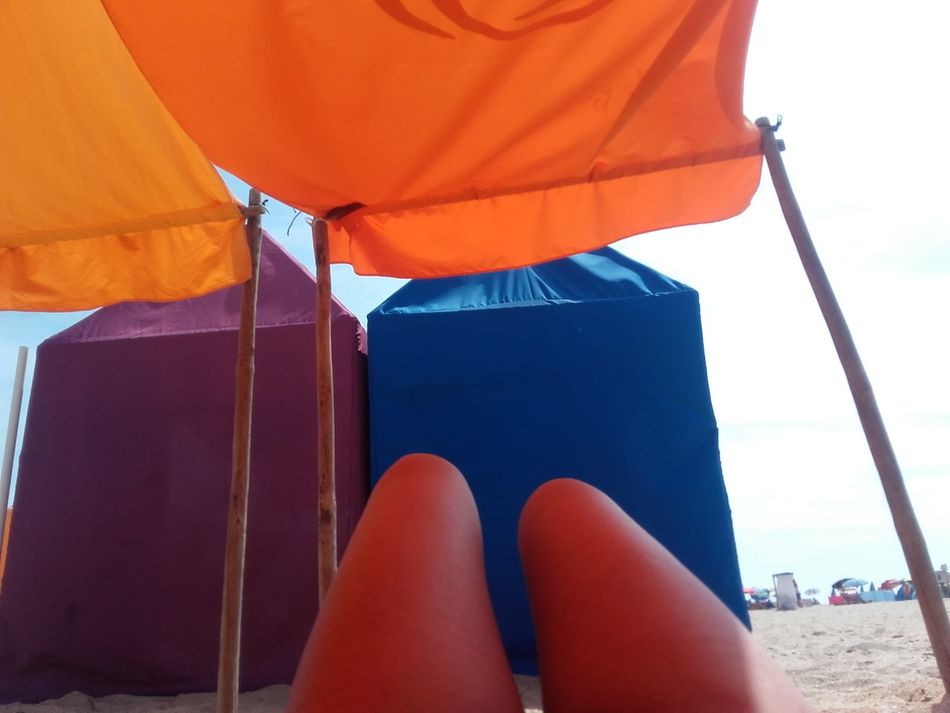 Hello beach! Colour Of Life Human Skin Eyeem Colors Relaxation Vacations Beach Life Beach Sun Legs Summer Hot Dogs Summer Views Summer Vibes Summer2016