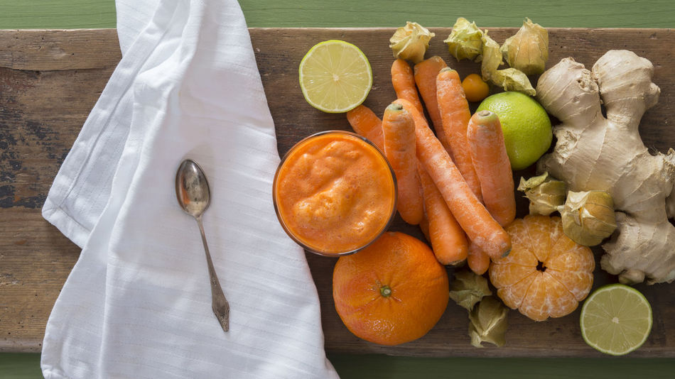 Carrot Juice Day Food Freshness Fruit Healthy Eating No People Ready-to-eat SLICE Table Vegetable Vegetable Juice Wood - Material