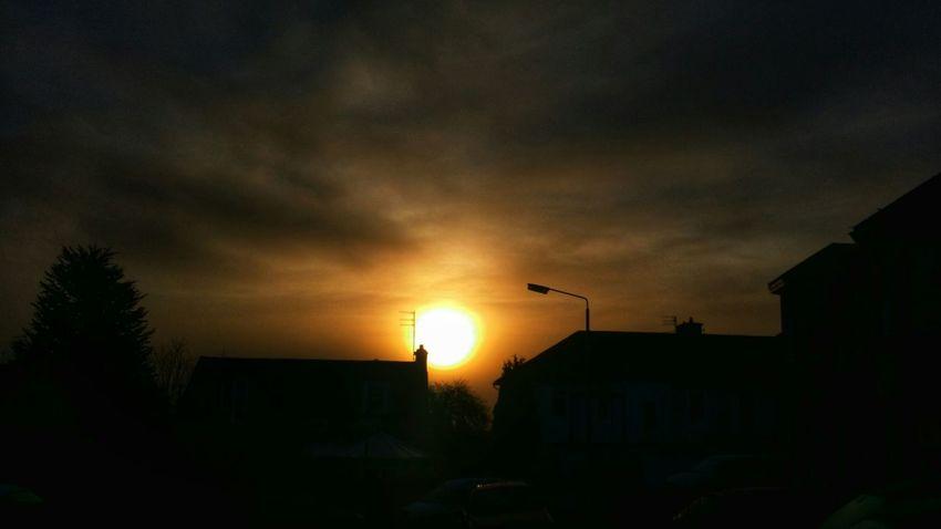 Sunrise Sunrise_sunsets_aroundworld Silhouette Silhouettes Moody