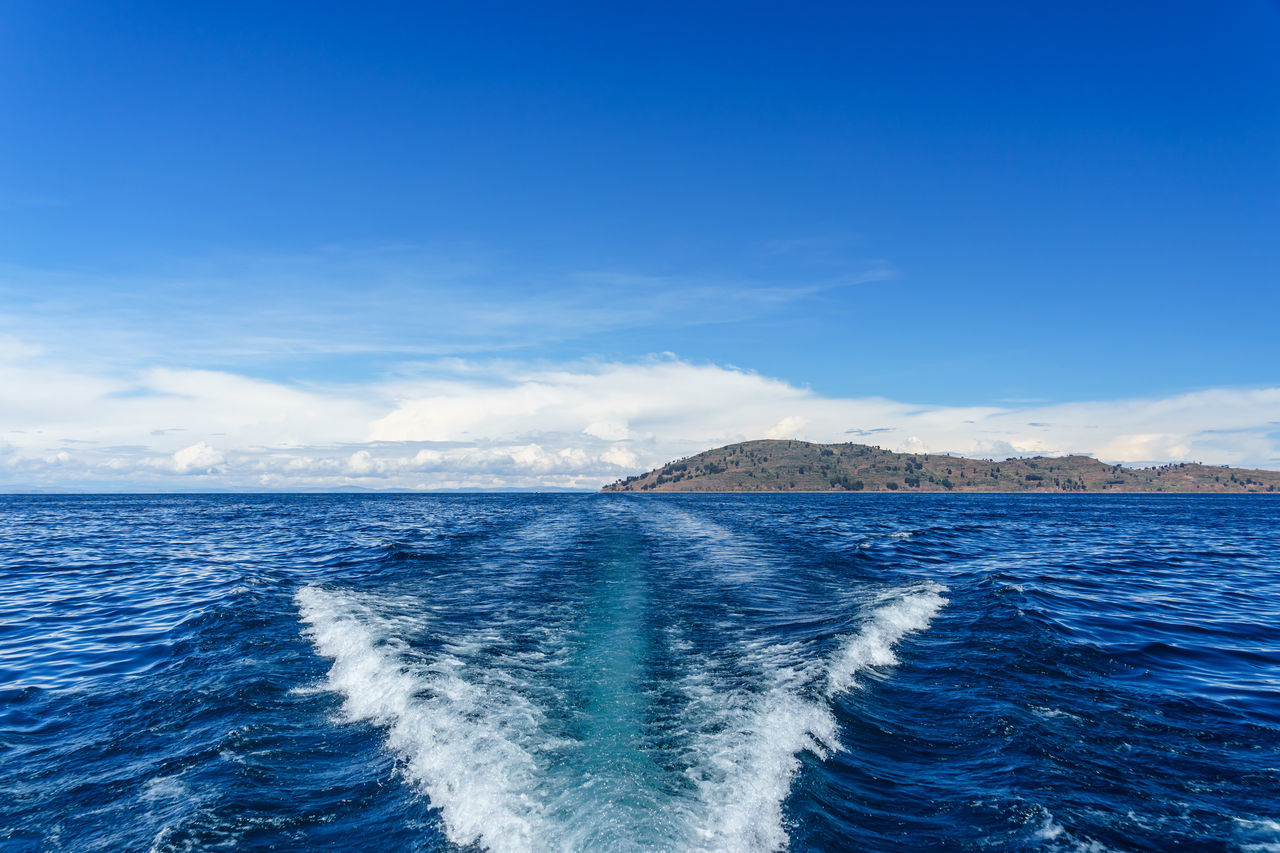 America Anden Blue Wave Beauty In Nature Holiday Horizon Over Water Island Lake Outdoors Peru Power In Nature Puno Rippled Seascape Shore South Surf Taquile Titicaca Tourist Travel Water Wave Photography In Motion Landscapes With WhiteWall