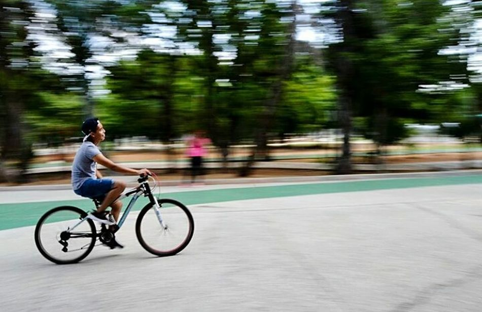Isabel Castmarn First Eyeem Photo Bicycle Bicycle Trip Bichonfrise Bicol Bicycle Adventuring Bicyclelife Bicycle Rack Bicycle Parking Bicicletta Biceps Bichon Frise Bicicleteando Animal Body Part Timestop Timestoodstull Timestoodstill Timestops