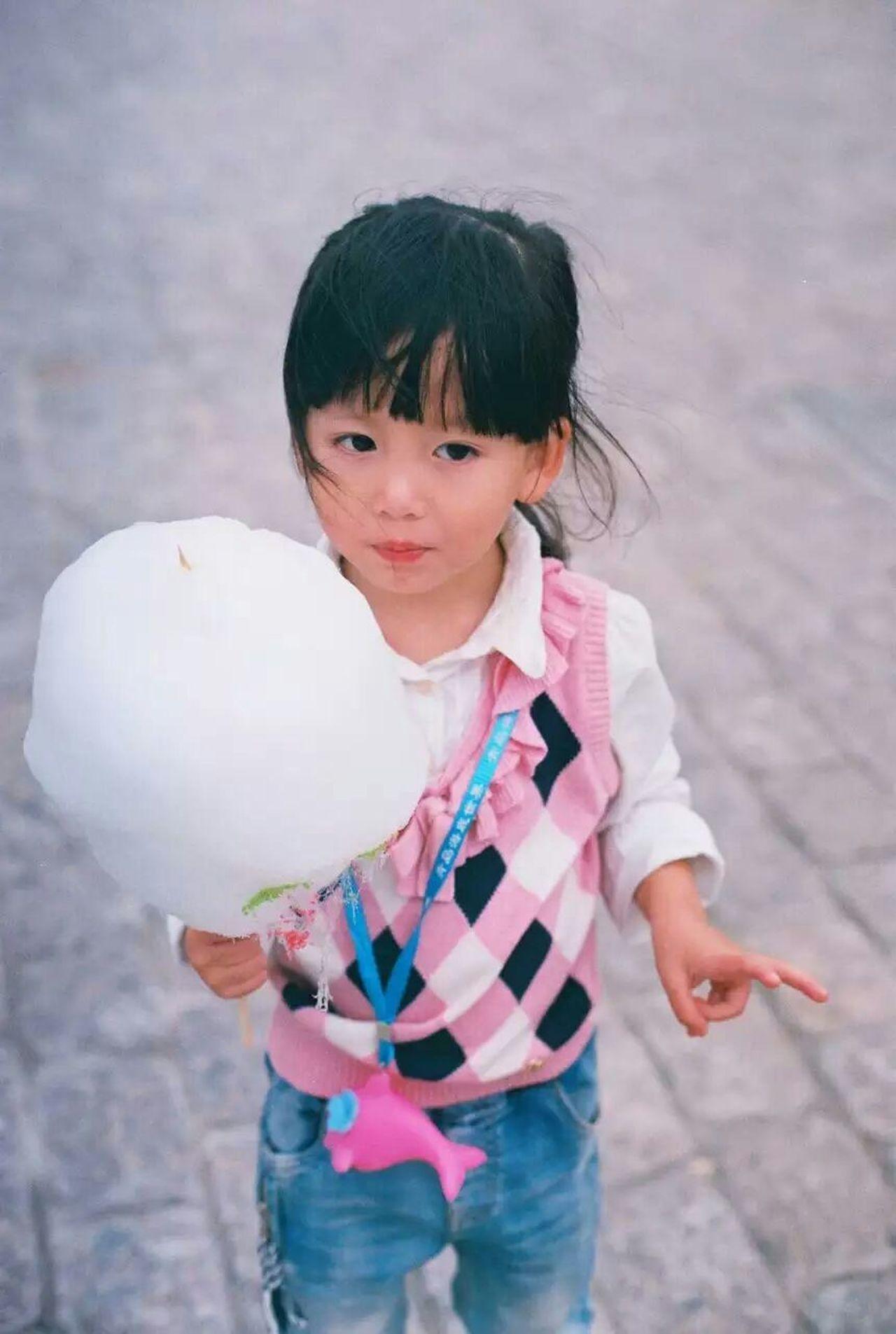 Beautiful stock photos of niedlich, child, childhood, innocence, portrait