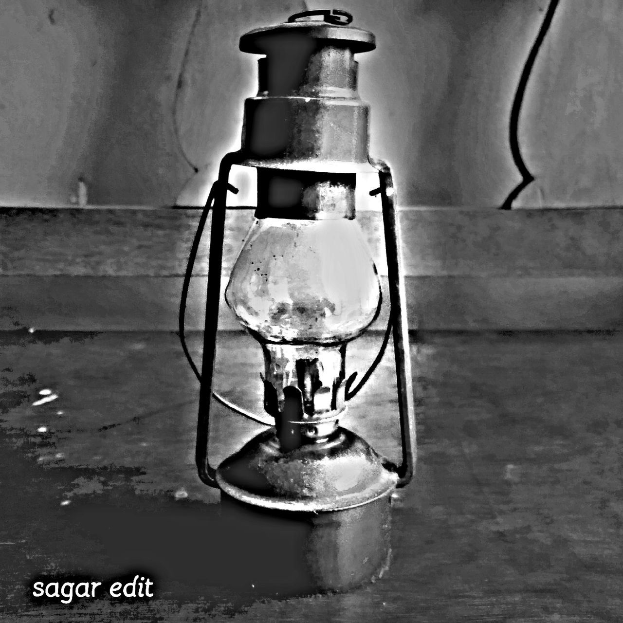 still life, no people, indoors, old-fashioned, close-up, day, oil lamp