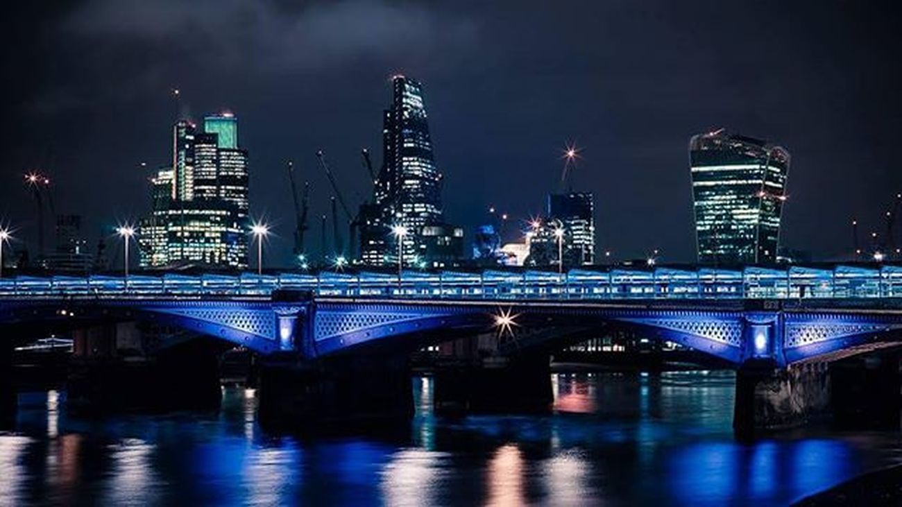 Blackfriars Bridge City Night London Skyline Lights Water River Thames Thamesriver