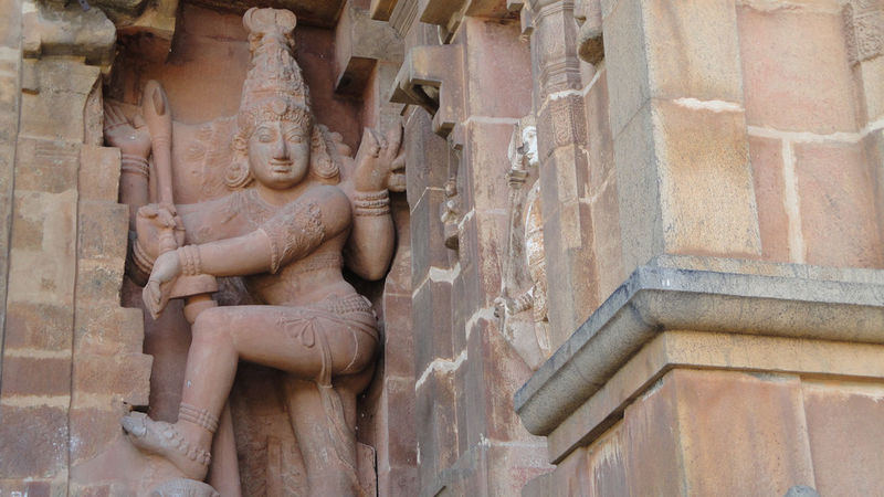 Historical Building Historical Monuments Historical Sights India Indian Sculptures Monument Valley Standing Statue Temples Thanjavur Thanjavur_Tamil Nadu Tourist Attraction  Indian Temples Monumental  Monumental Arcades Sculptures Thanjore