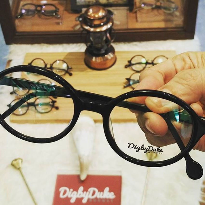 Most recent purchase from Digbyduke in Bali ln, singapore. Love it 😚😚😚😚😚😚 Newspecs Singapore Coolspecs Newstuff Weekend