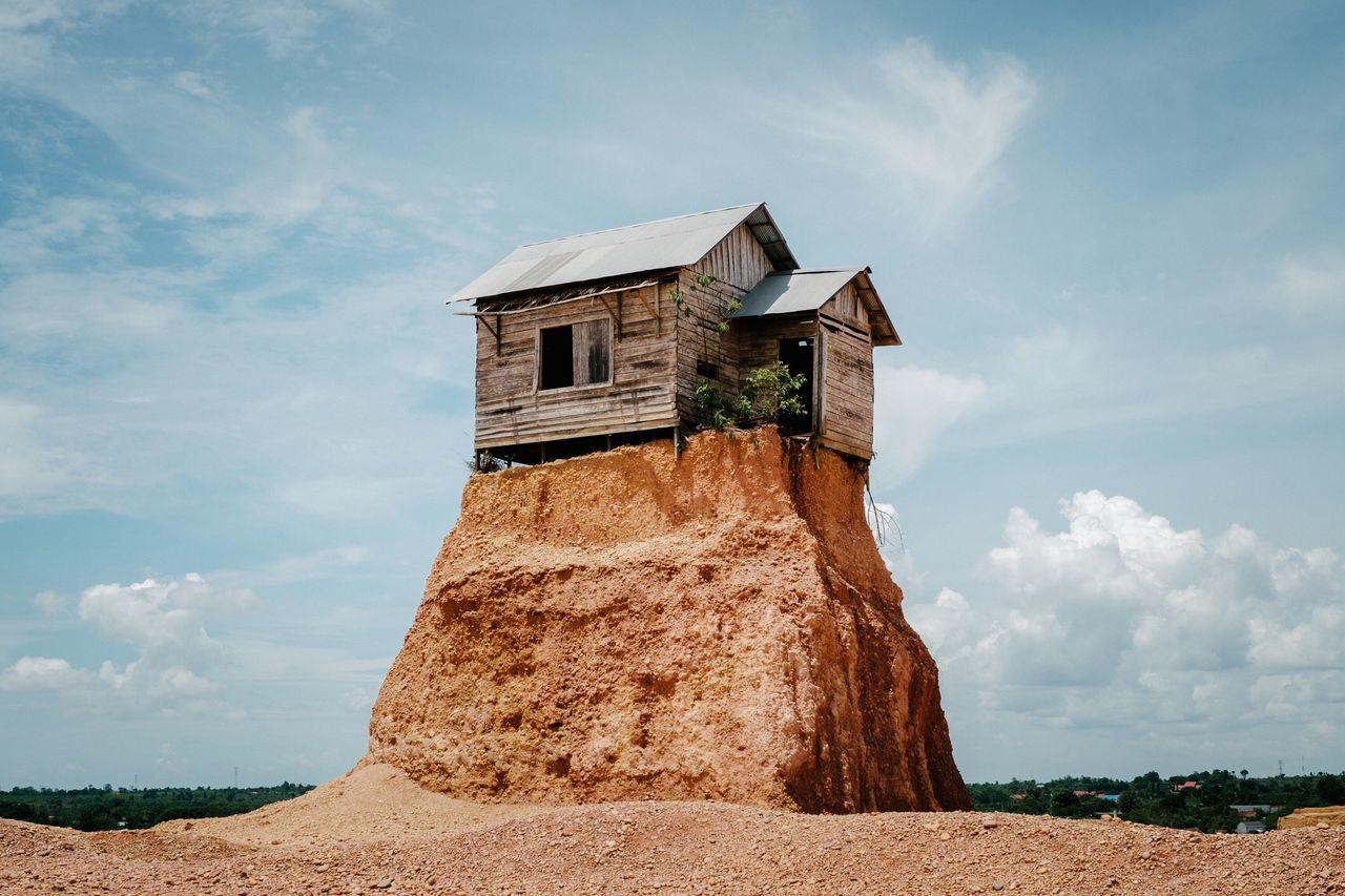 Rumah Jomblo Against Sky