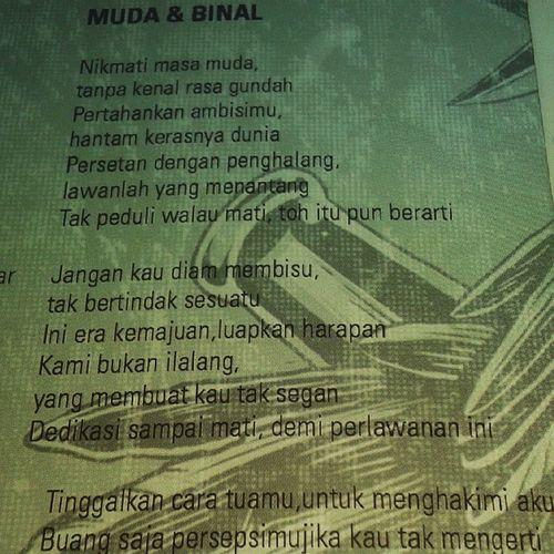 Muda dan Binal adalah nomer track terpaporit dari @gagakrimangstoned Berbahaya!!! 😋 MudaDanBinal GagakRimangStoned Adrenaline .P Stonerrock Heavymetal