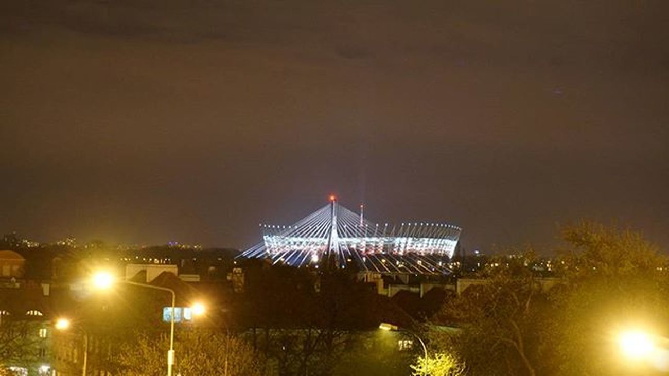 Warsaw Warszawa  Lights Night Bigcitylights Nightout Nightlights Stadium варшава Стадіон ніч вечір вогні світло ліхтарі стадион вечер Ночь огнигорода фонари