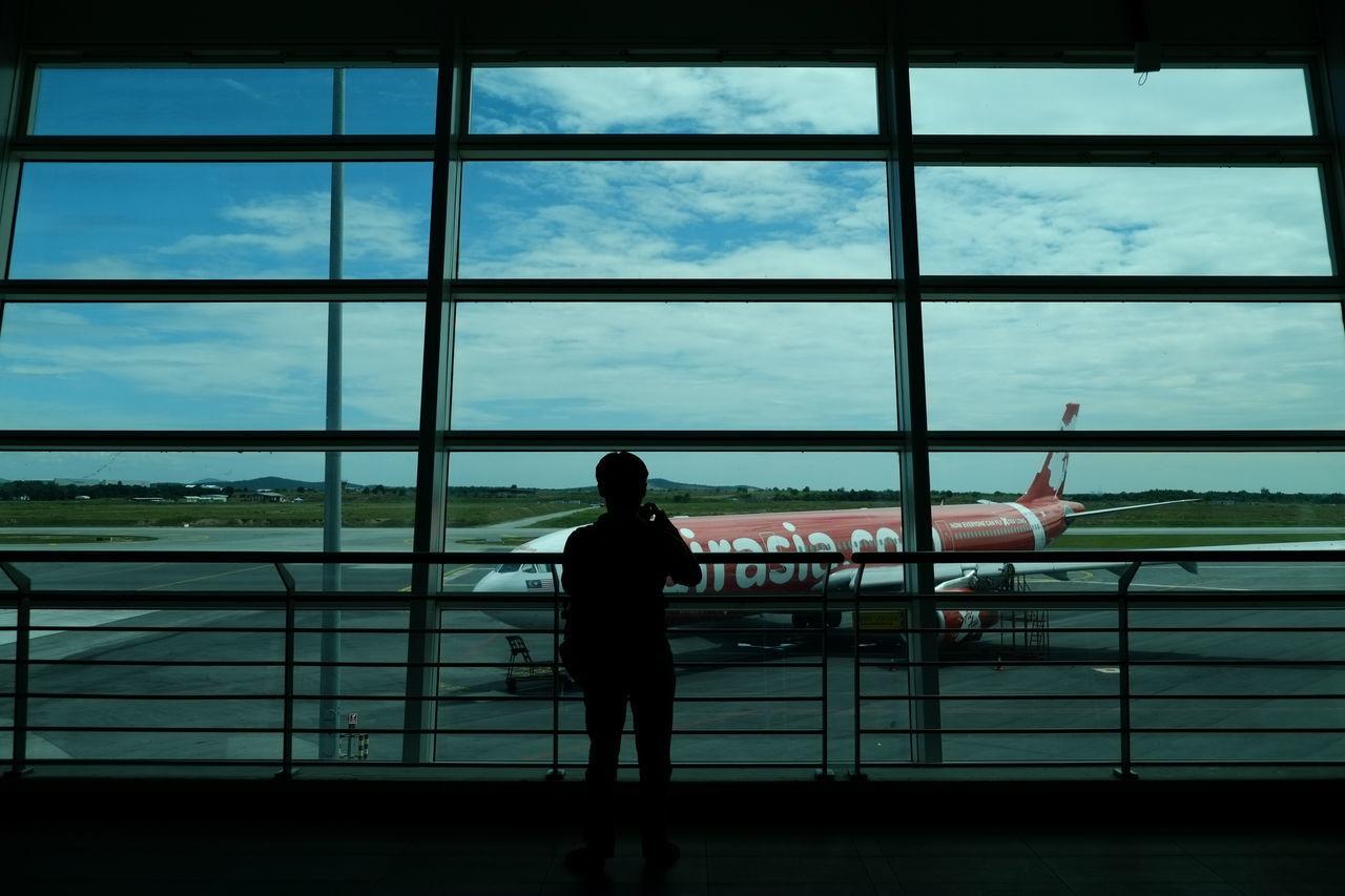 Silhouette Window Airplane Travel Vacations Fujifilm XE1 Fujinon 18-55mm