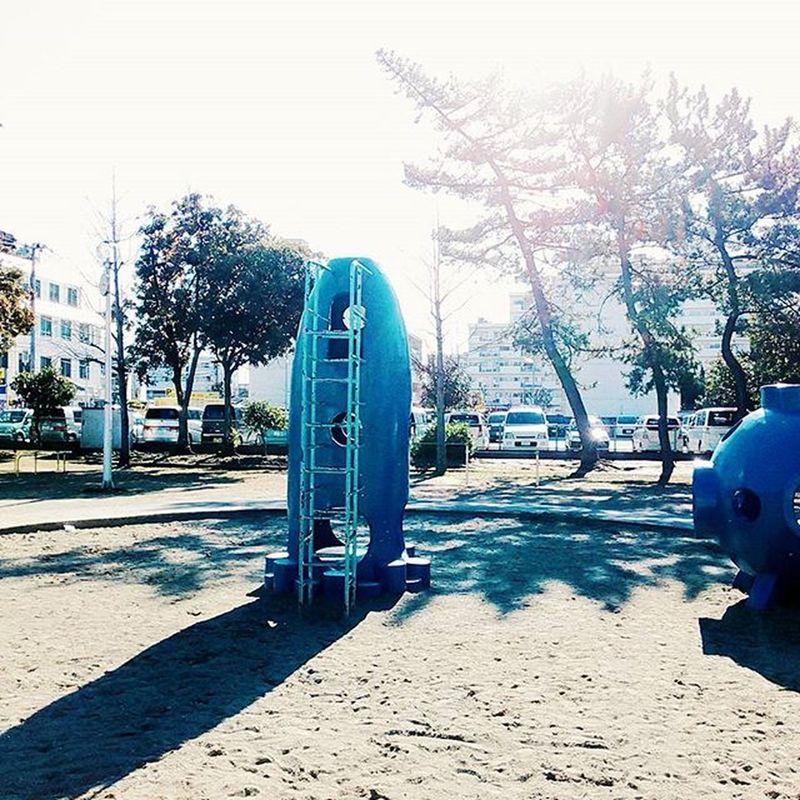この公園には宇宙船が。② Blue Space Craft Ship Park Play Happy LOL Yolo Follow Instagood こんな遊具あるんだ