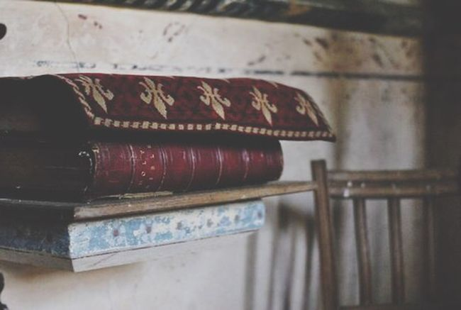 Holly Bible Red Book Pray Photography