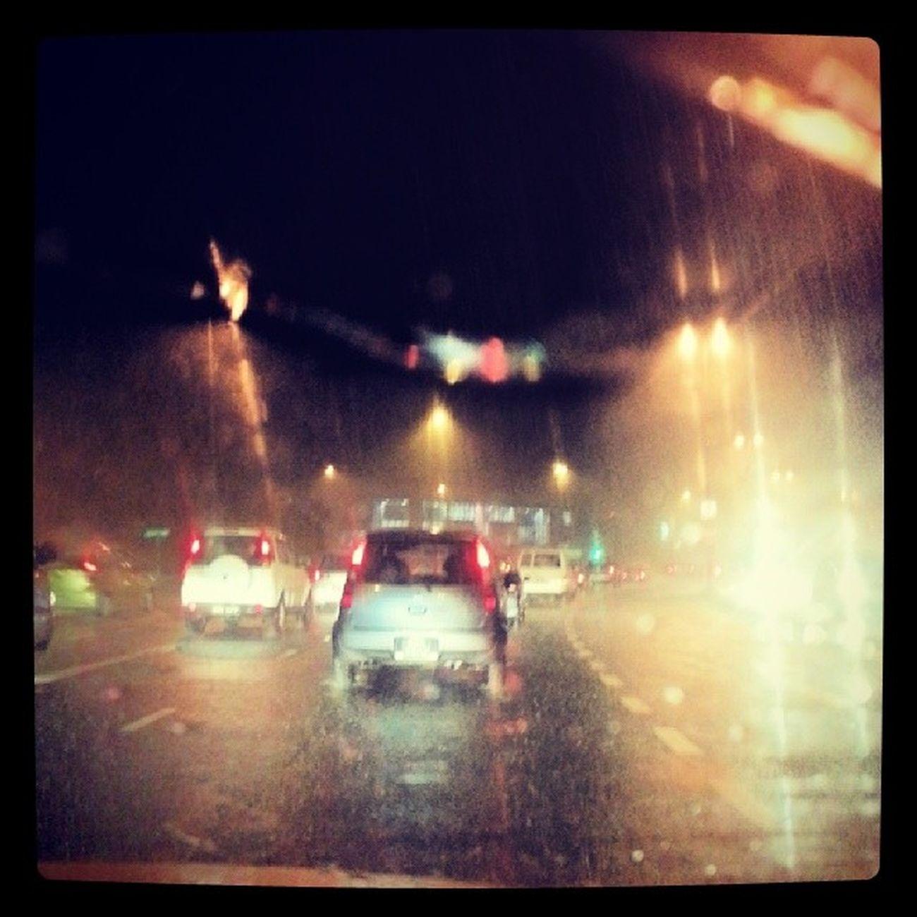 Hujan berat... hati hati dijalan raya Roadsafety Brunei Andrography InstaBruDroid