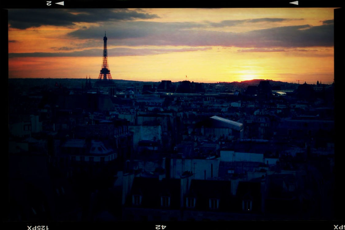 sunset at París by elgus_78