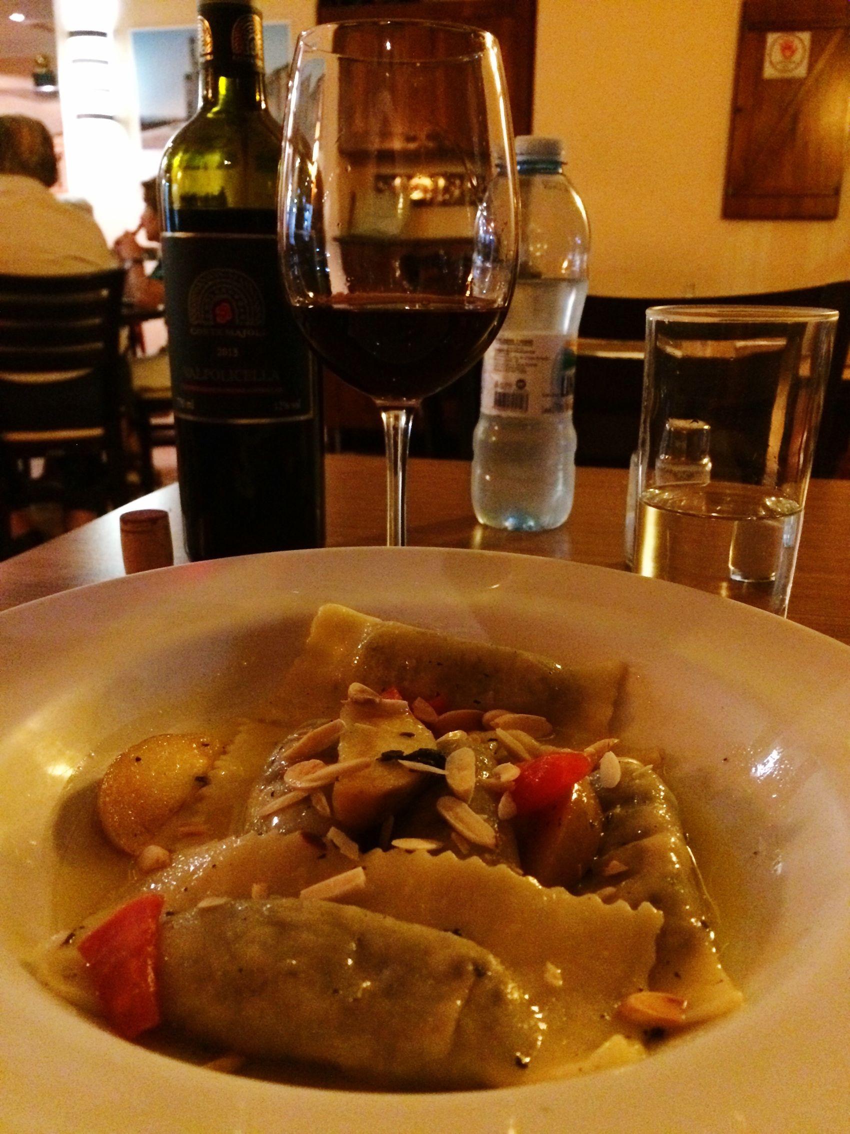 Sensorial experience! Dinner Bistro Redwine Italianfood Pasta