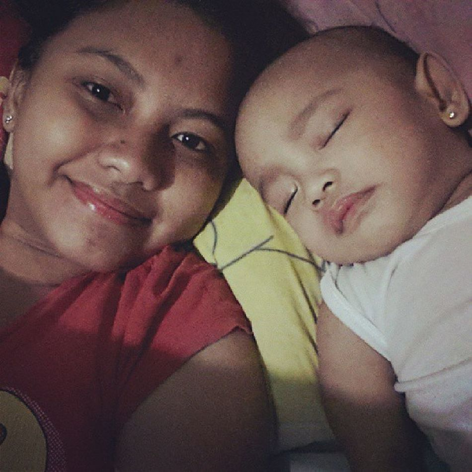 Staying at home coz its super baha outside. Bunsoy Mothermode Sayanganglipstick Sleeptogether