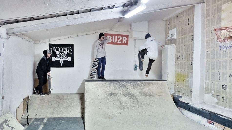 Adult Indoor Indoors  Men Miniramp Only Men Skateboarders Skateboarding Skateboardingisfun SkateboardLifeStyle