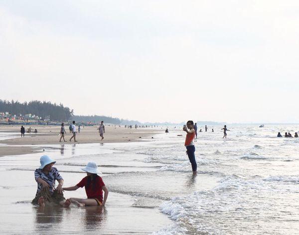 Selfie ! Selfie ✌ At Beach Selfietime Go To The Sea At Hometown
