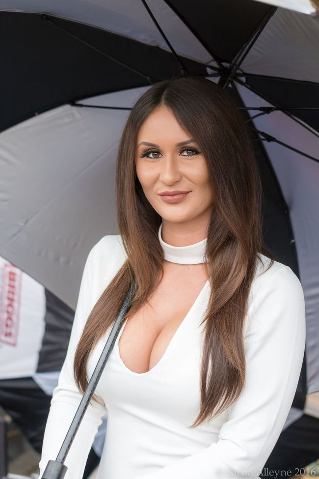 Portrait Looking At Camera Vertical Young Women Smiling Only Women Person One Person Young Adult Lifestyles One Woman Only Standing Beauty Beautiful Woman Grid Girl Britishsuperbikes Pitlane Brunette Beautiful Gridgirls One Young Woman Only People Outdoors