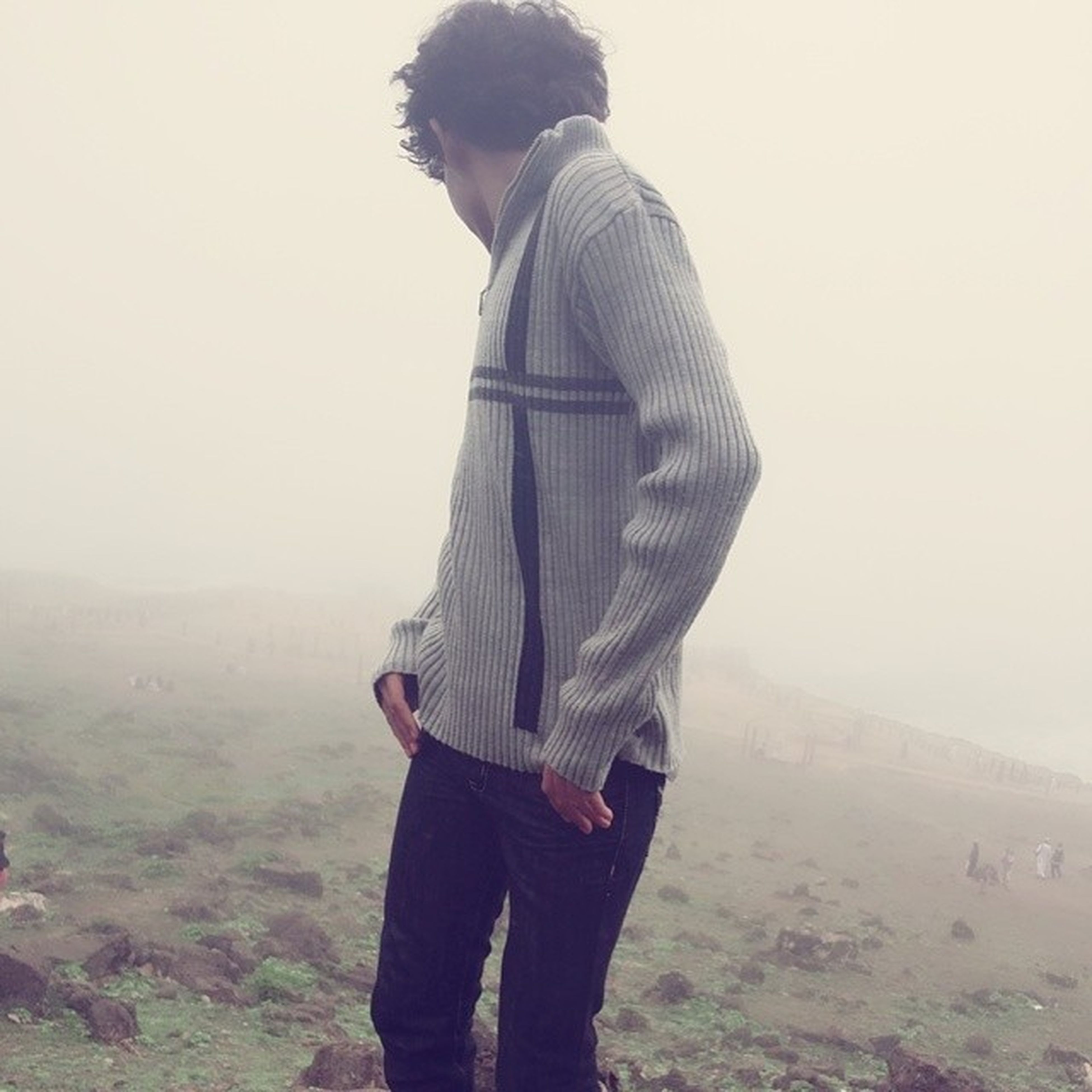 lifestyles, standing, casual clothing, leisure activity, three quarter length, rear view, fog, waist up, copy space, warm clothing, young adult, tranquility, landscape, person, tranquil scene, full length, weather