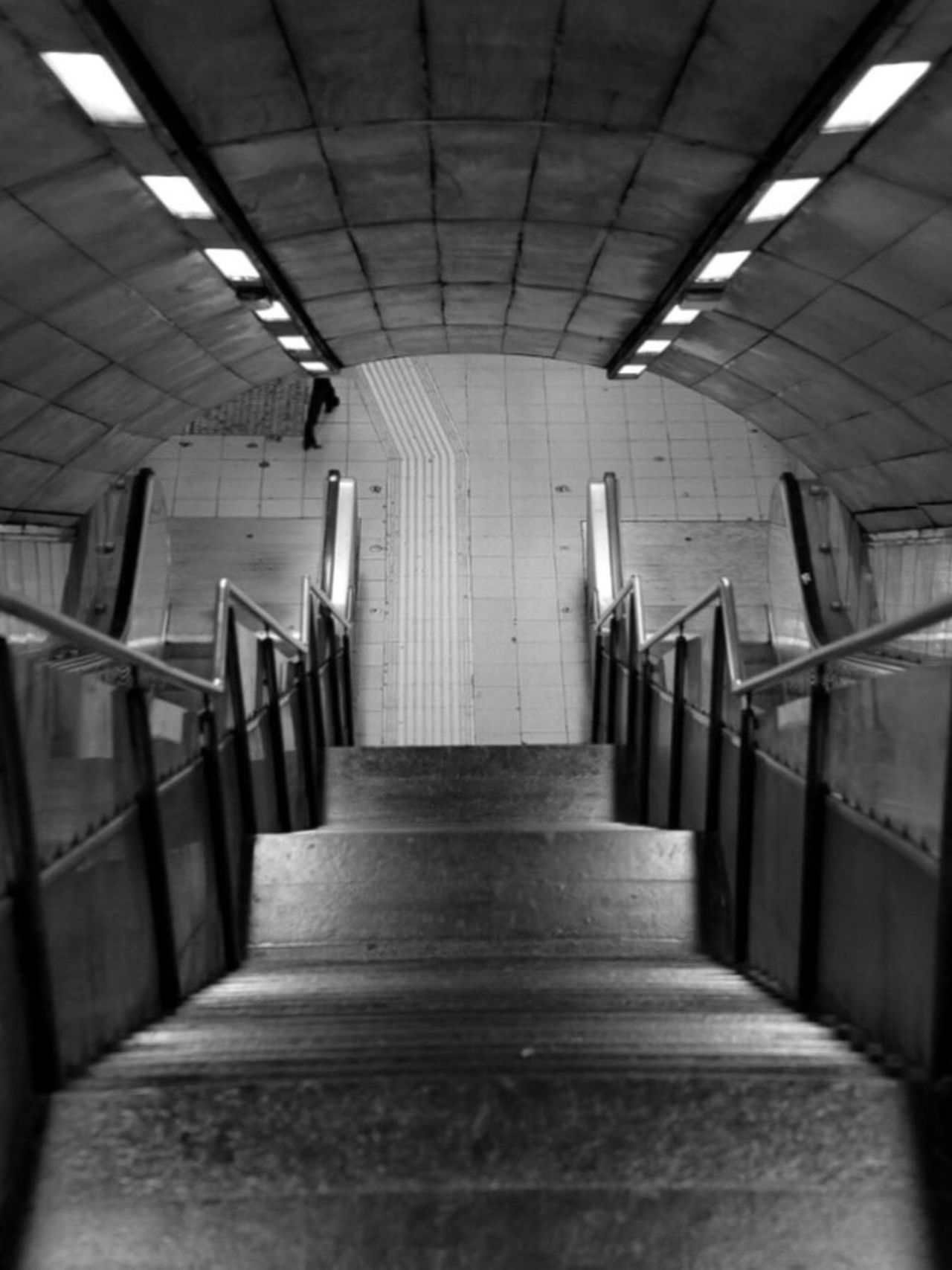 Railing Steps And Staircases Steps Staircase The Way Forward Indoors  Walking Around TheMinimals (less Edit Juxt Photography) Notes From Babylon Blackandwhite Photography Metro Life Transportation Subwayphotography No People Stairs Day Architecture Urban Geometry Urban Exploration Urban Photography