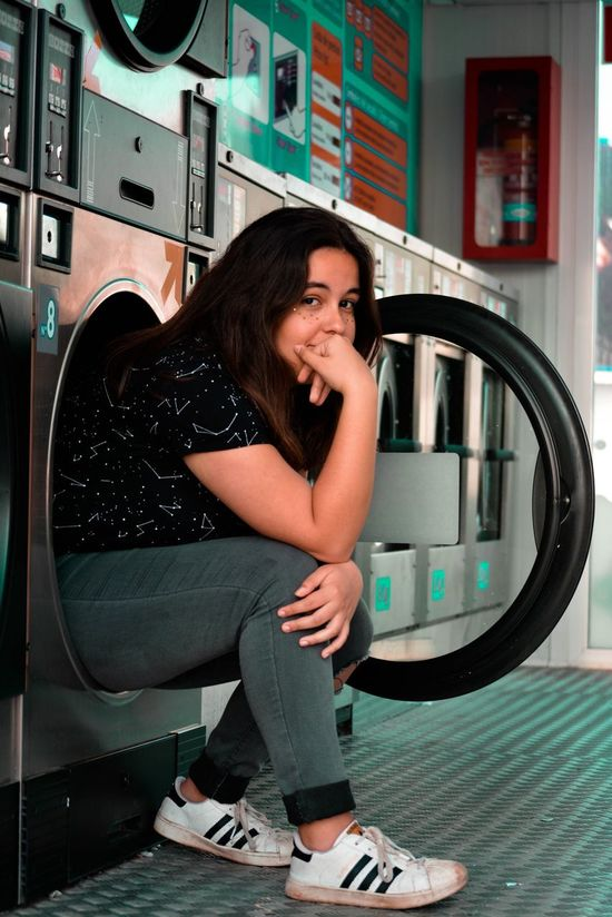 EyeEmNewHere One Person Women Portrait Day Young Women Lifestyles Indoors  Brown Hair Washing Machine One Woman Only Sitting Tranquility Featured_photo Defocused Lens Flare Featuremeinstagood Long Goodbye Headshot Featuregram Featuregalaxy Feturedfootwear Featurepalette Beautiful Beauty