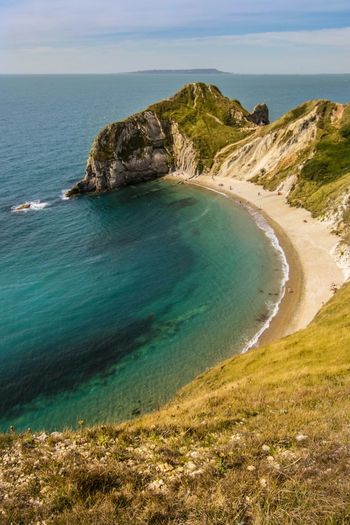 What a paradise and this is only a one hour drive away. Bestseatsinthehouse Beachphotography Feelslikesummer Beach Durdle Door Photography