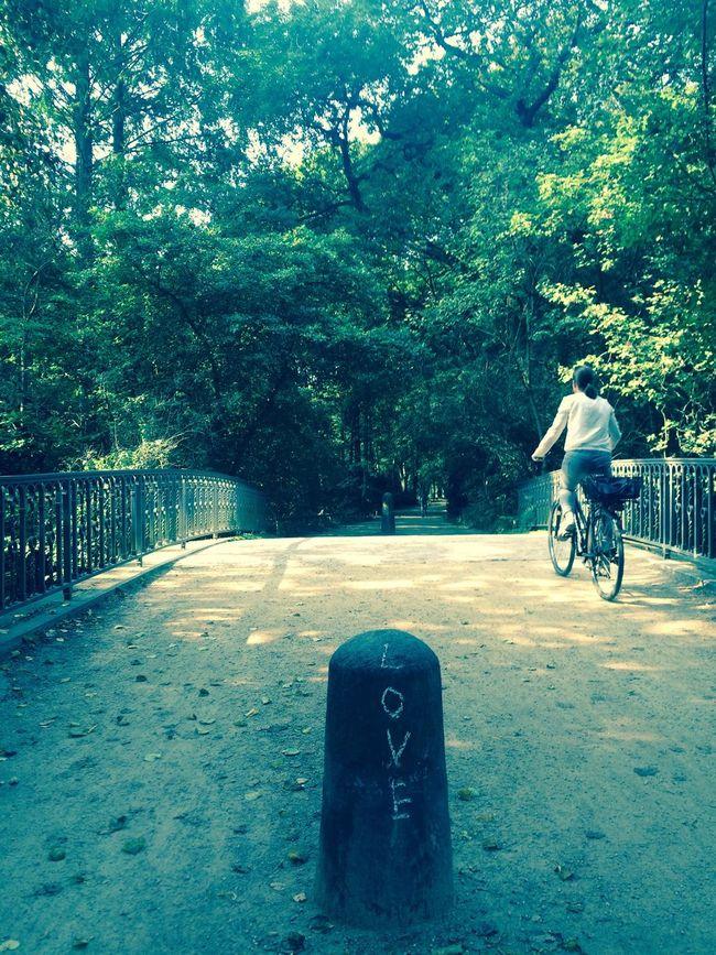 Love Signs Lovelovelove Mypointofview Berliner Ansichten Outandabout Outforarun PassingBy EyeEm Best Shots Eyemgallery Bridge People