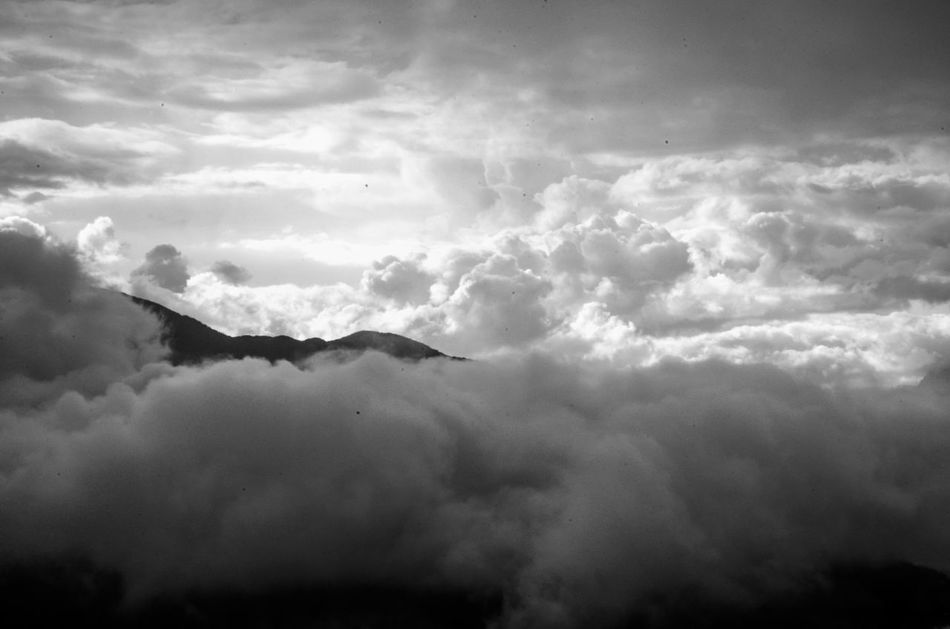 Cloud - Sky Nature Beauty In Nature Sky No People Mountain Storm Cloud Over The Clouds Feel Free Above Baños -Ecuador Tungurahua Climbing A Volcano Ama La Vida Black And White Black And White Photography EyeEmNewHere Flying High Break The Mold