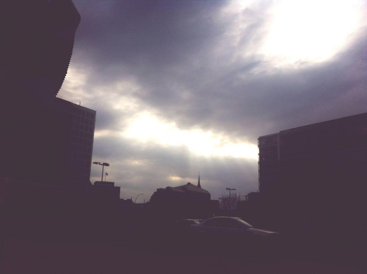 God Rays KulTour