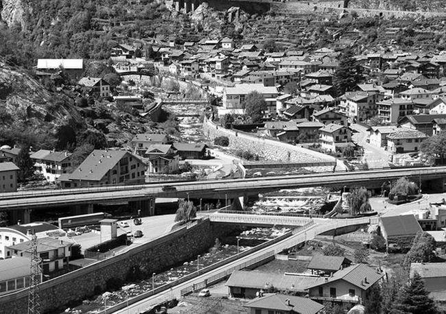 Bridges on the river Bridges River View Urban Blackandwhite Architecture Way Graphic Streephotography Pictureoftheday Picoftheday Landscape Valdaosta Italy Italia Strade Fiume Attraversamentimultipli