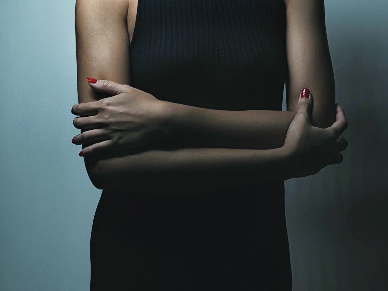 The Long Arm Of Coincidence People Photography Arm Arms Woman Folding Arm Folding Minimalism Minimalobsession Minimalist