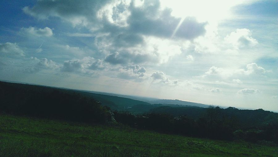 Seeing The World Differently I Can See For Miles Walking Around Escaping Taking Photos Check This Out Enjoying The View
