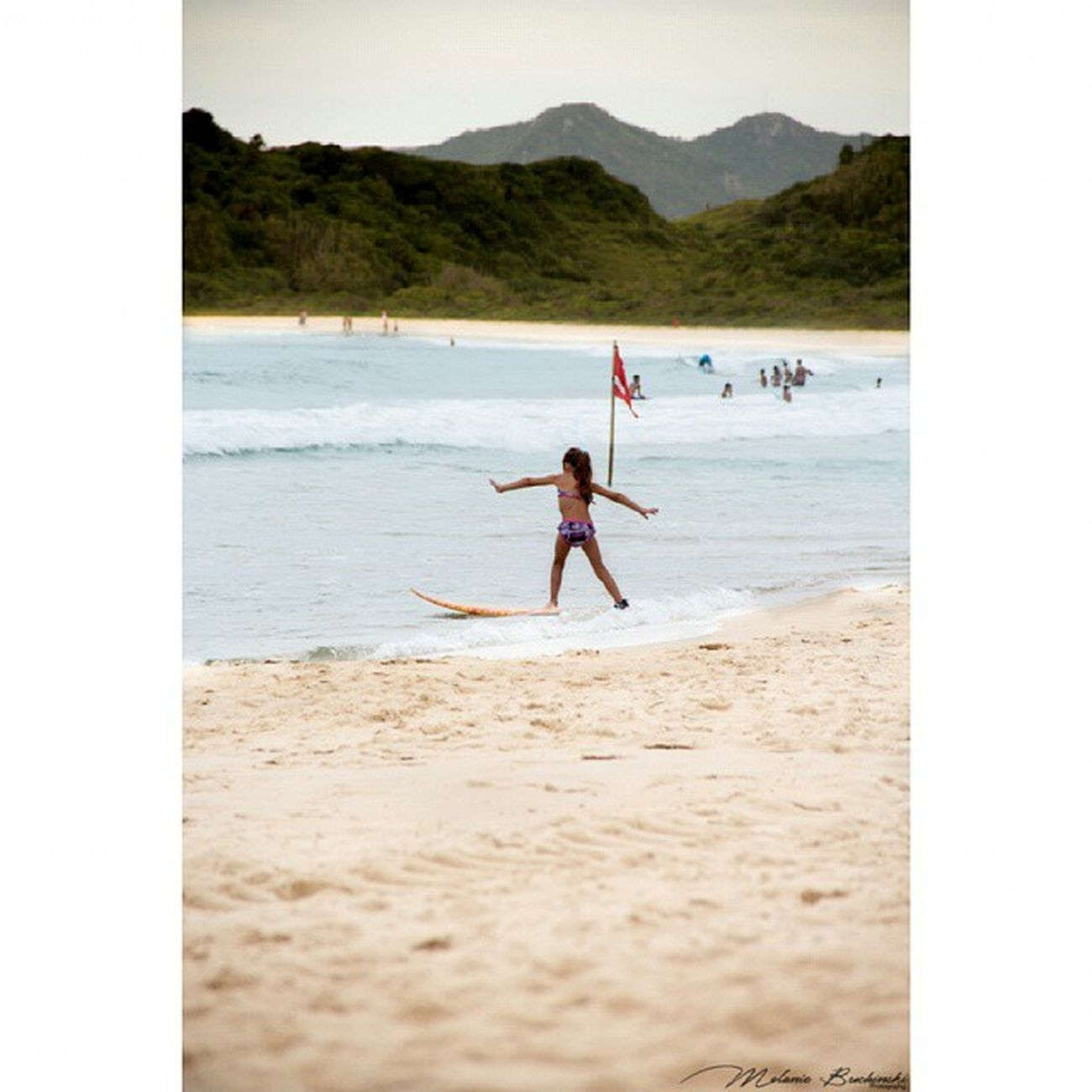 Aprendirndo Surf! Photoshoot Photography Canon Child Girl Surf Ocean Sea Sand Playa Bombinhas Brasil Travel InstaSize