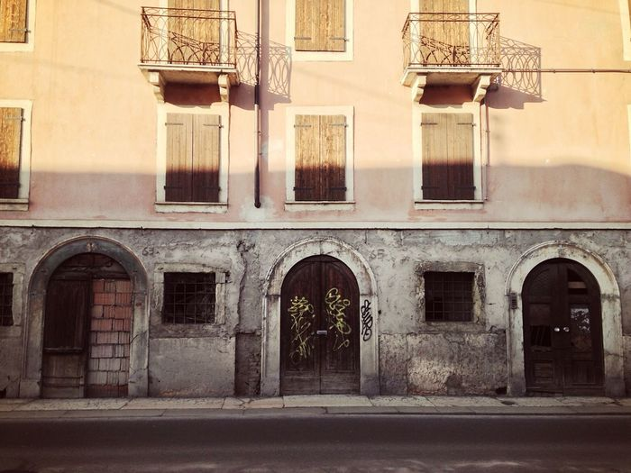 Street 51/365 February 20 2017 Verona Verona Italy Veneto Italy Architecture Building Exterior Built Structure Door Entrance No People Arch Outdoors Day One Year Project