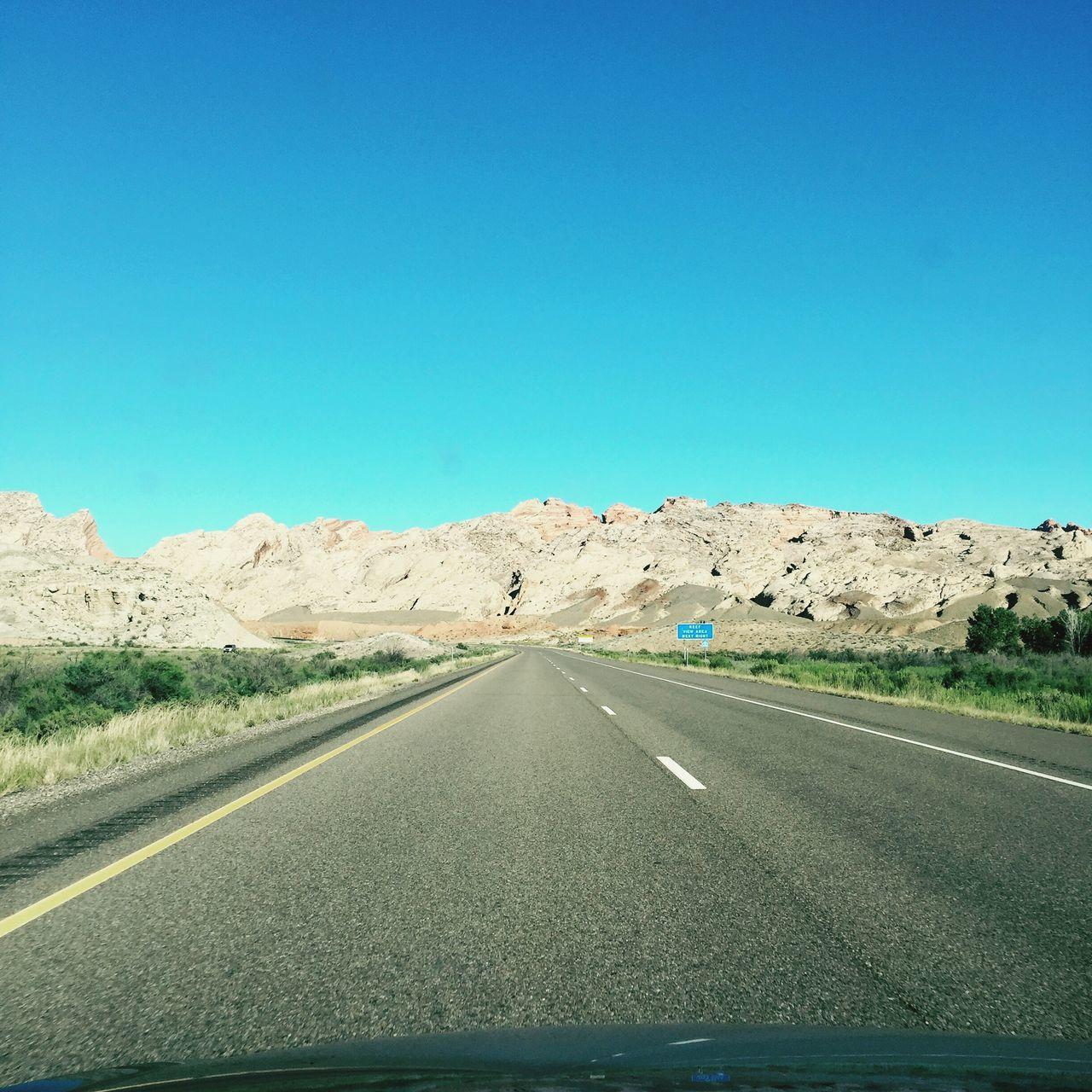 Utah Roadtrip Driving Mountains