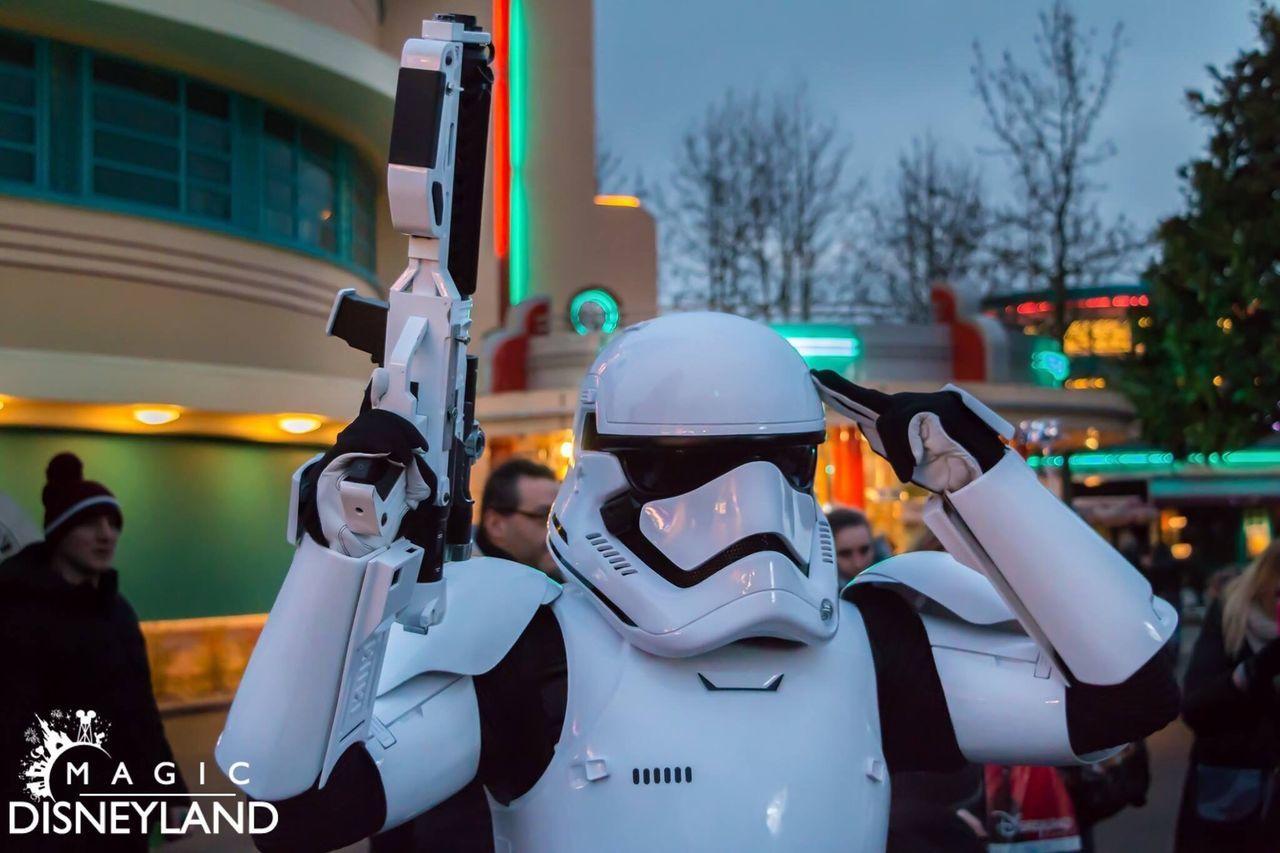 Disneyland Paris Disneyland Resort Paris Disneyland Starwars Waltdisney Disneylandparis Disney Night