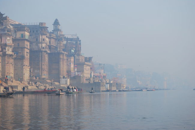 Architecture City Fluss Flussufer Ganges River Gangesriver Hindu Hinduism India Indien Outdoors Tranquility Varanasi Varanasi Ganges Varanasi Ghats Varanasi, India Ganges, Indian Lifestyle And Culture, Bathing In The Ganges, Water Waterfront