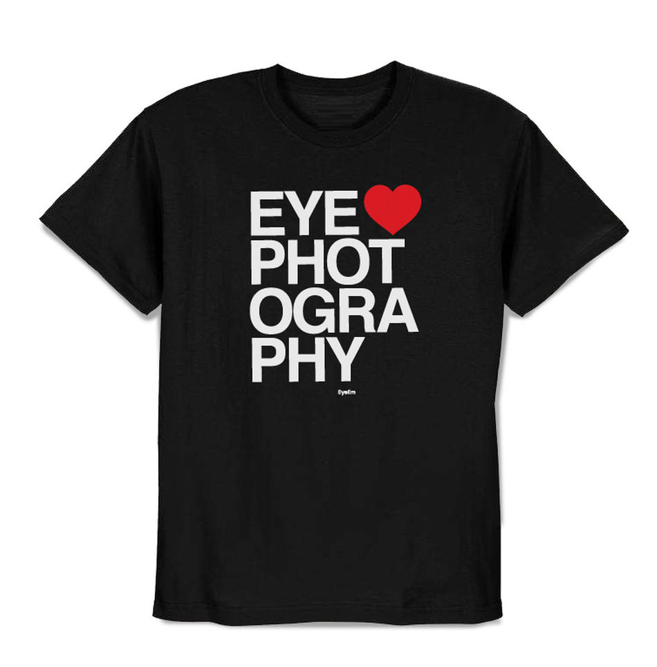 NEW YEAR, NEW LOOK. Have you seen our new shirt yet? Hurry before the preorder price ends! BONUS: Use the code FREESHIP for free shipping! CHECK IT OUT >> http://swag.eyeem.com/product/preorder-i-love-photography-shirt Eye Love Photography EyeEm Best Shots EyeEm Magazine Eyeem Merch Fashion New Shit! Shop Shopping T-shirt