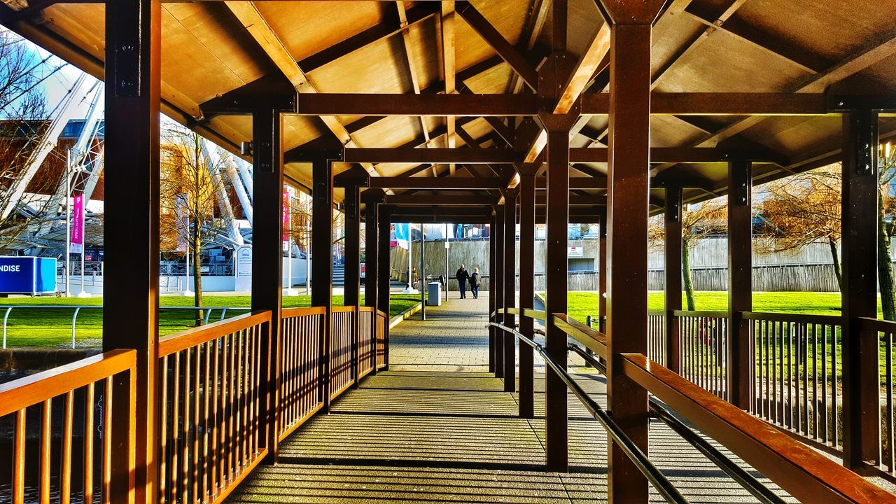 Wooden Bridge Brown Love Couple <3 Calm & Cool Happy :) Note5❤ Goodtime ❤️ Love To Take Photos ❤ Nice Fantastic View