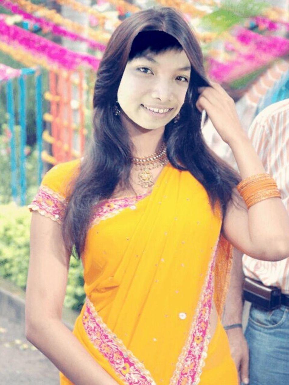 Enjoying Life Just For Fun! ^.^ Vietnamesegirl Indian Saree Applicationphoto